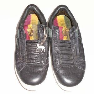 L.A.M.B. Gwen Stefani Slip On Sneakers 8 1/2 Black